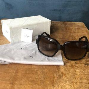 DIOR sunglasses - AUTHENTIC - tortoise frame
